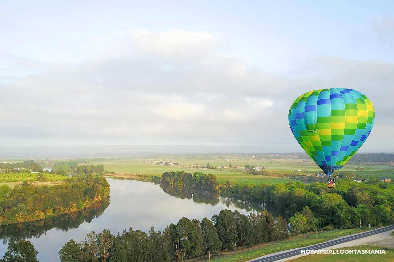 hot-air-balloon-tasmania-gift-voucher_09a.jpg