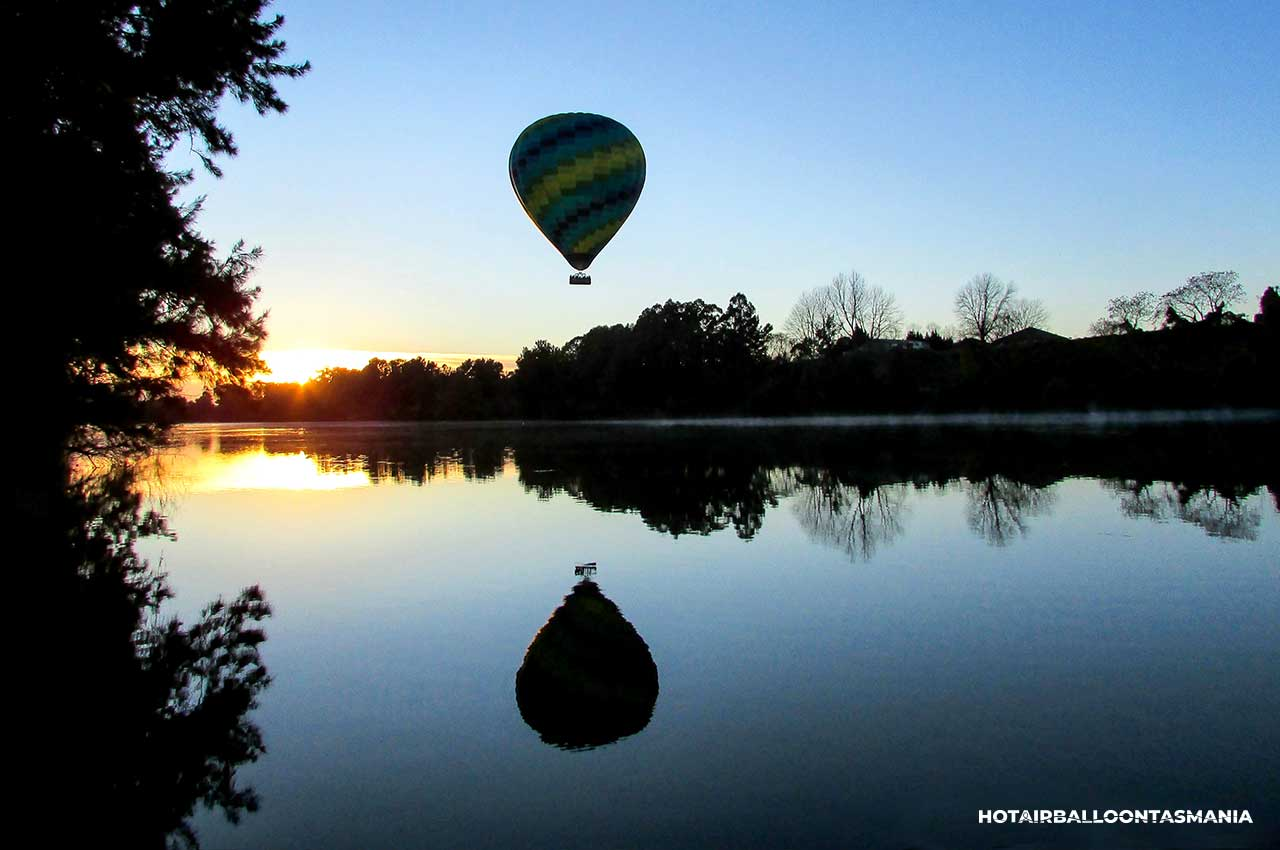 hot-air-balloon-tasmania-flight-experience_05.jpg