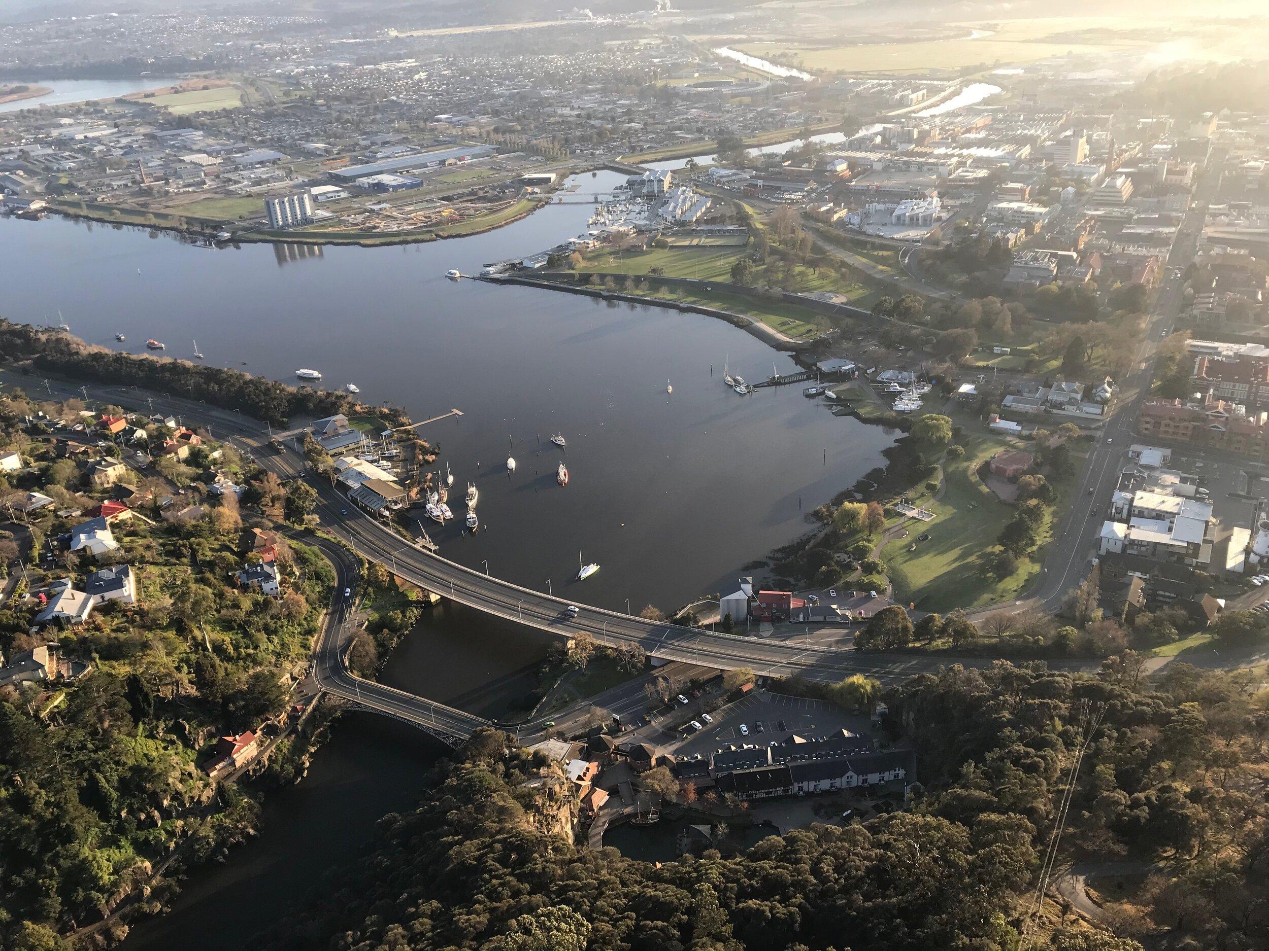 Tamar-river-Tasmania.jpeg