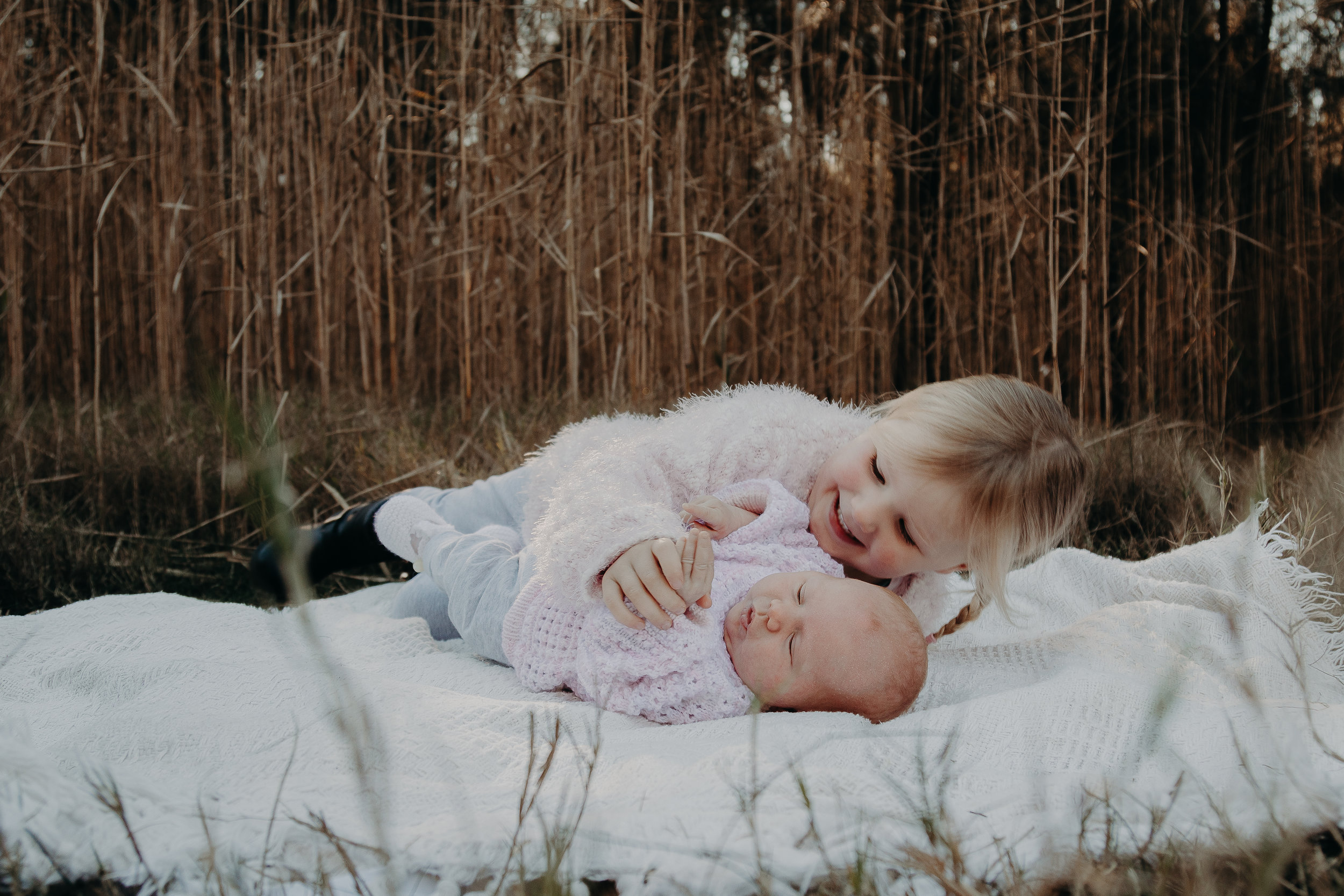 BLOG_DOLAN_SIBLING_PHOTO_SESSION_18072019-3.jpg