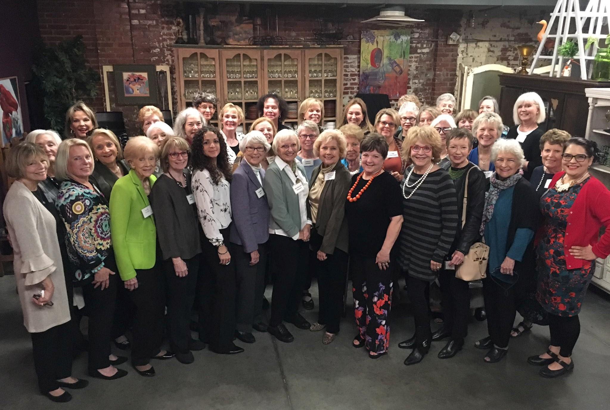 NMWA members at annual lunch 2018 (2).jpg