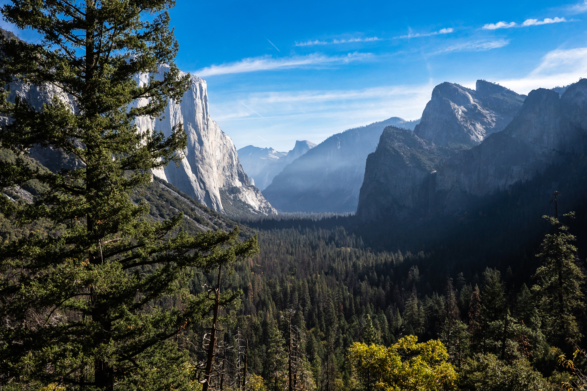 """Speaking of getting different angles … this wasn't one. It's from Yosemite's famous """"tunnel view"""" lookout, and Google will find you no shortage of images that look somewhat like this. But still, it's a gobsmackingly beautiful view, and if this picture captures it, I'm calling that a win."""