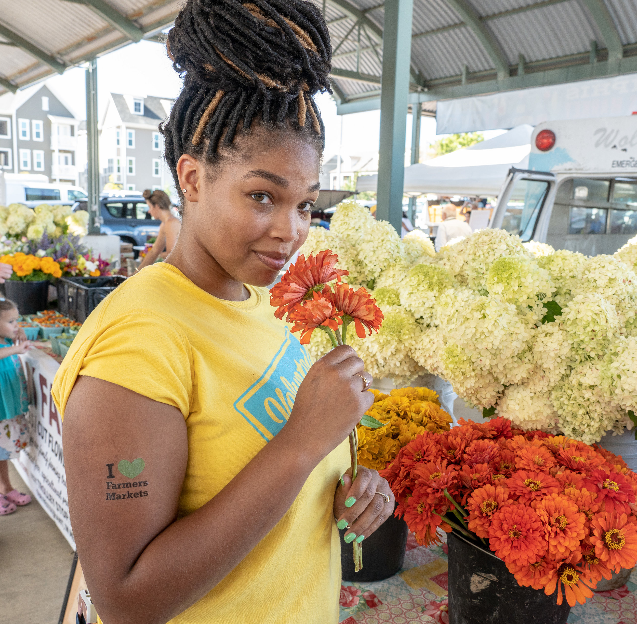 "We need your help! - Volunteering at the Memphis Farmers Market Downtown is a fun, interactive way to give back to our community by supporting local farmers, producers, and artisans, while educating market visitors about healthy eating habits, good nutrition, and the benefits of ""eating fresh and local.""Volunteers are essential to the success of Memphis Farmers Market operations, events, and stellar customer service. We depend on our volunteers on so many levels to help provide the best market experience possible! Whether you're interested in serving on a committee to plow some fun on the farm, or you want to roll up your sleeves and ""dig in the dirt"" on market-day Saturdays, the Memphis Farmers Market has the perfect field to plant you in!"