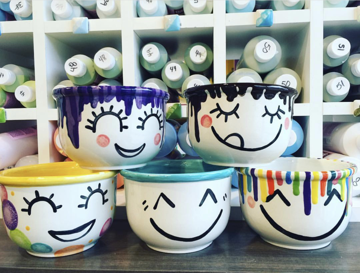 bowls, mugs & plate - fun strokes