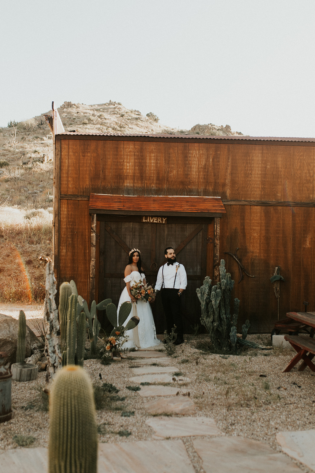Joshua_Tree_Elopement_Hannah_Alena_Photography-102.jpg