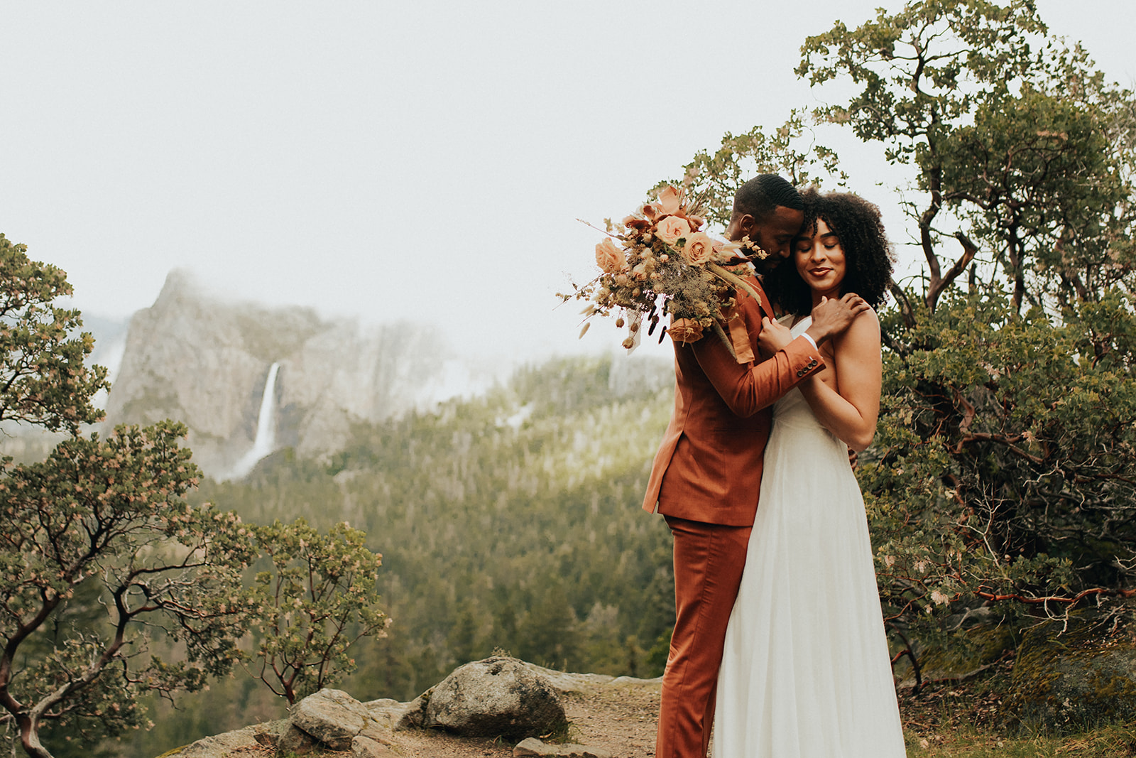 Yosemite_Elopement_Hannah_Alena_Photo_Portland_Wedding_Photographer-81.jpg