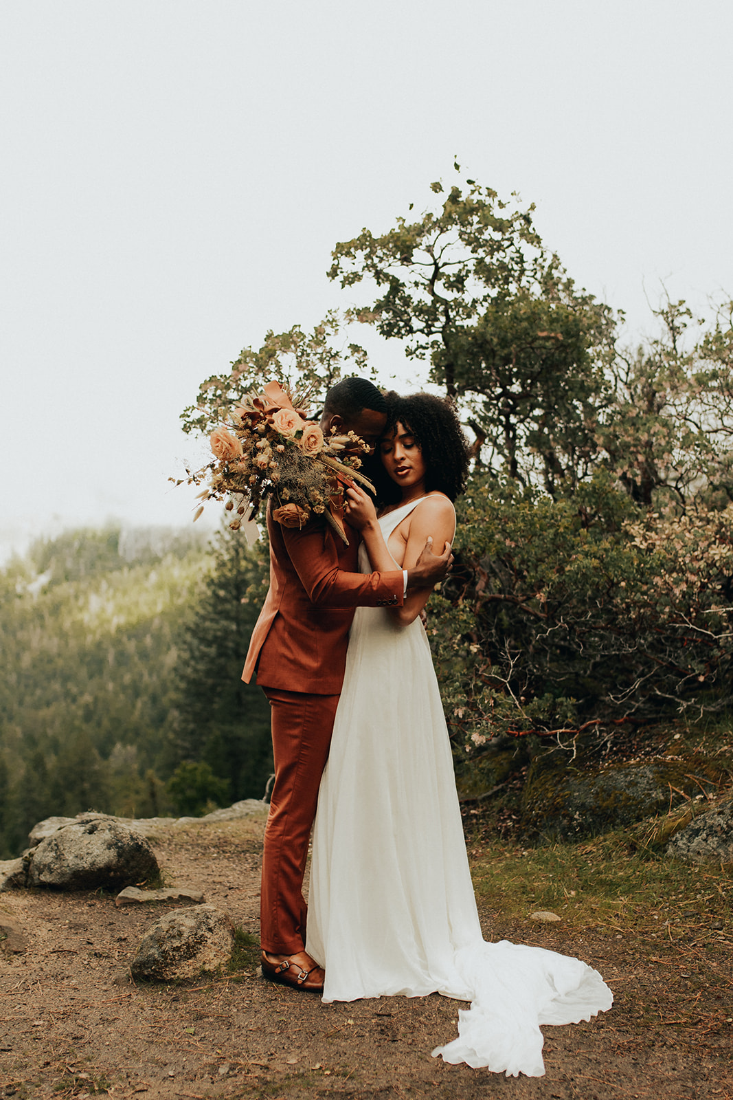 Yosemite_Elopement_Hannah_Alena_Photo_Portland_Wedding_Photographer-82.jpg