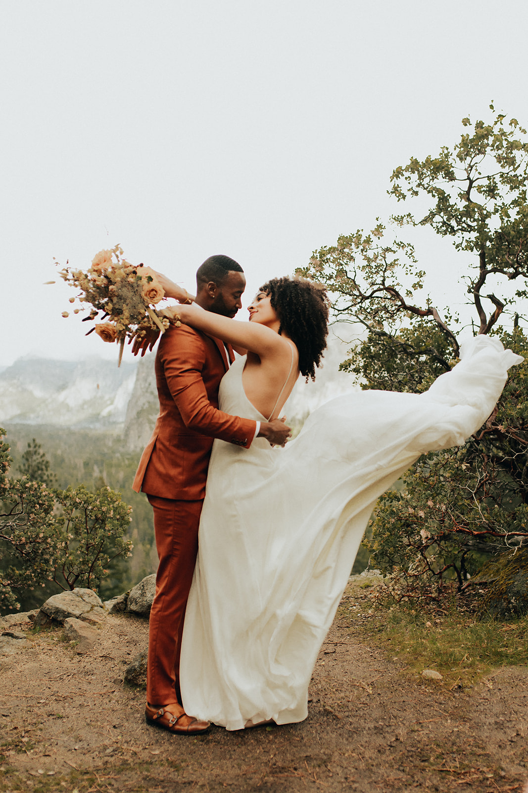Yosemite_Elopement_Hannah_Alena_Photo_Portland_Wedding_Photographer-84.jpg
