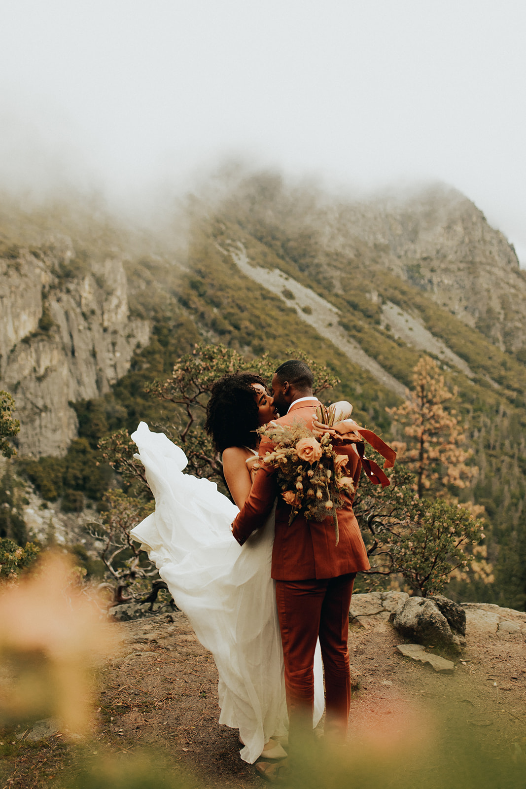 Yosemite_Elopement_Hannah_Alena_Photo_Portland_Wedding_Photographer-91.jpg