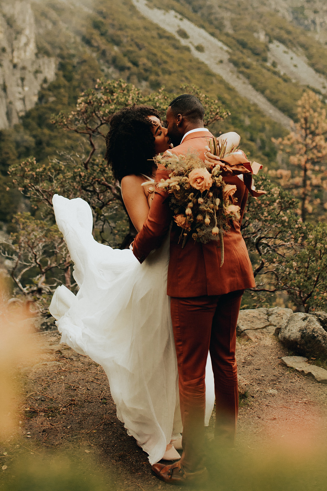 Yosemite_Elopement_Hannah_Alena_Photo_Portland_Wedding_Photographer-94.jpg