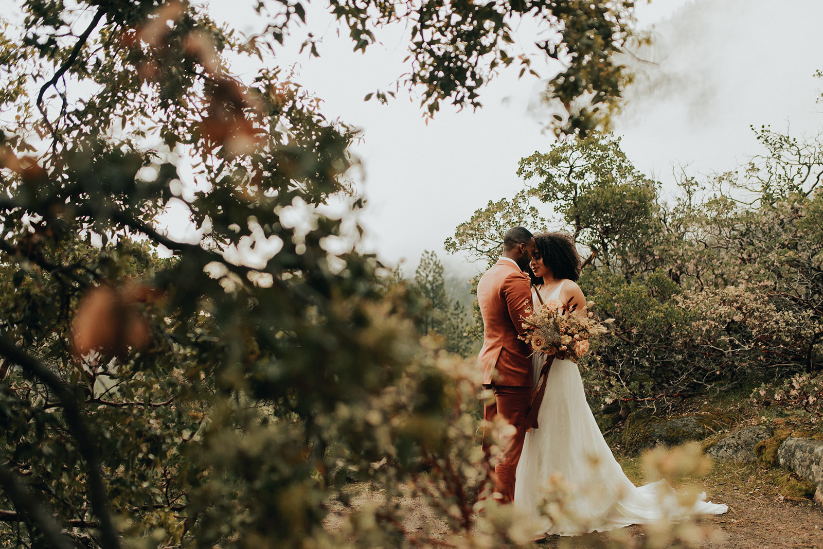 Yosemite_Elopement_Hannah_Alena_Photo_Portland_Wedding_Photographer-99.jpg