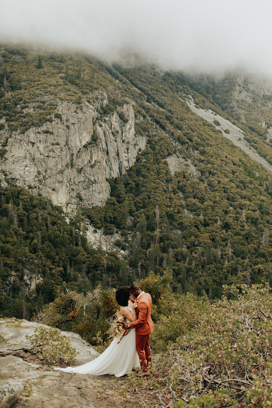 Yosemite_Elopement_Hannah_Alena_Photo_Portland_Wedding_Photographer-216.jpg