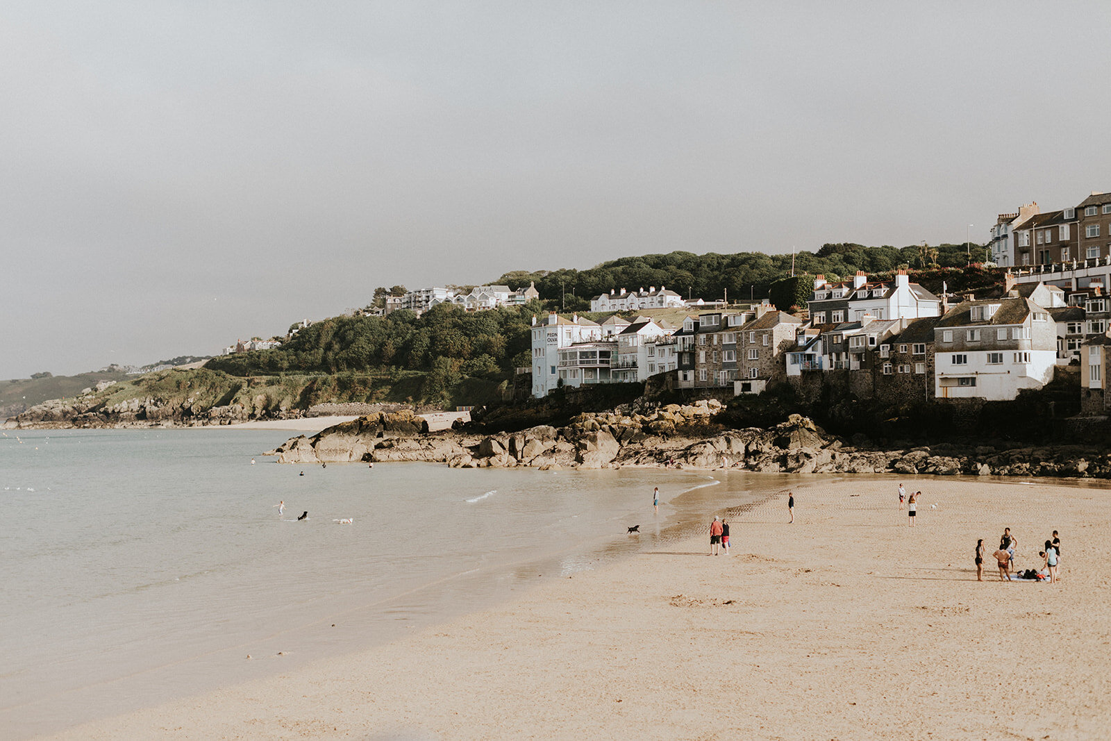 UK-wedding-Destination-Photograher-st-ives-cornwall-london-photographer-elopement-claudia-pj-wedding-0742_websize.jpg