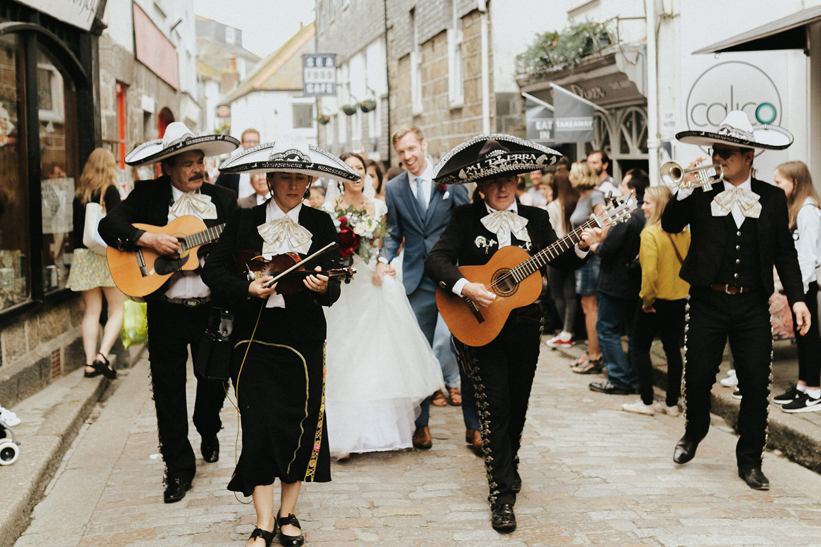 UK-wedding-Destination-Photograher-st-ives-cornwall-london-photographer-elopement-claudia-pj-wedding-1680_websize.jpg