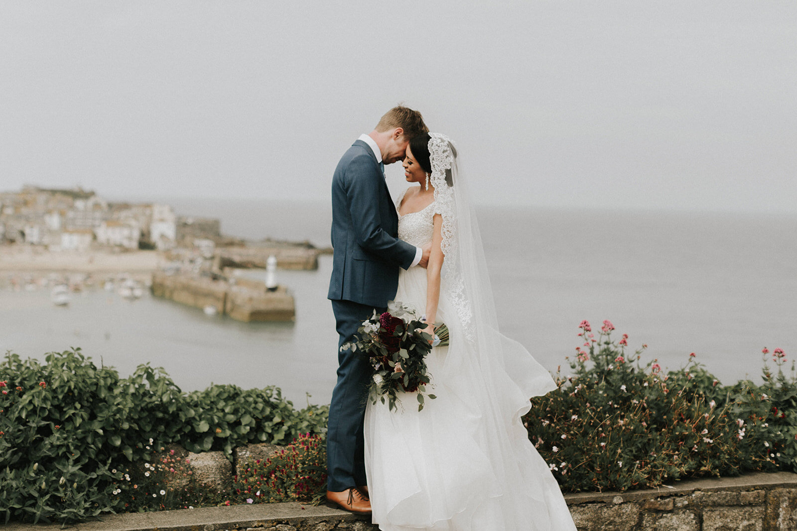 UK-wedding-Destination-Photograher-st-ives-cornwall-london-photographer-elopement-claudia-pj-wedding-8612_websize.jpg