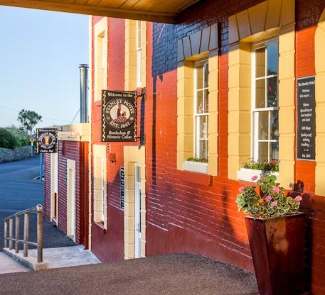 Stanley Hotel & Apartments-  Stanley Tasmania Bottleshop