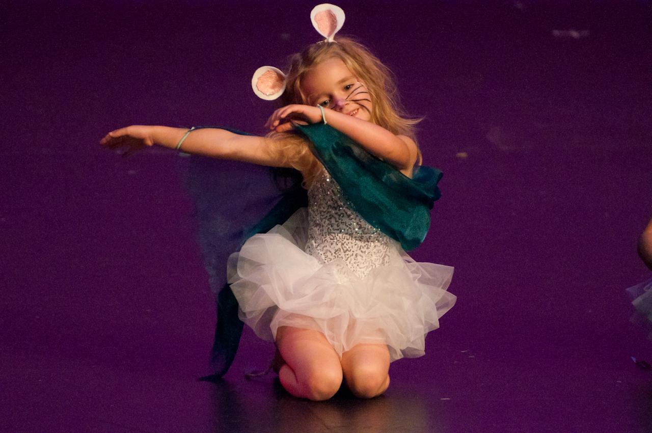 Dance 6 Performance-0324.jpg