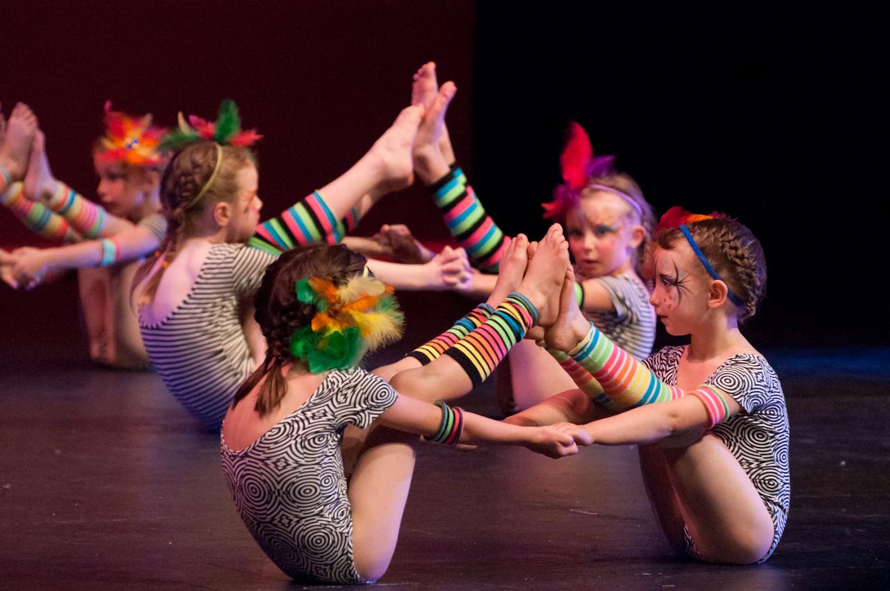 Dance 5B-2-5.jpg