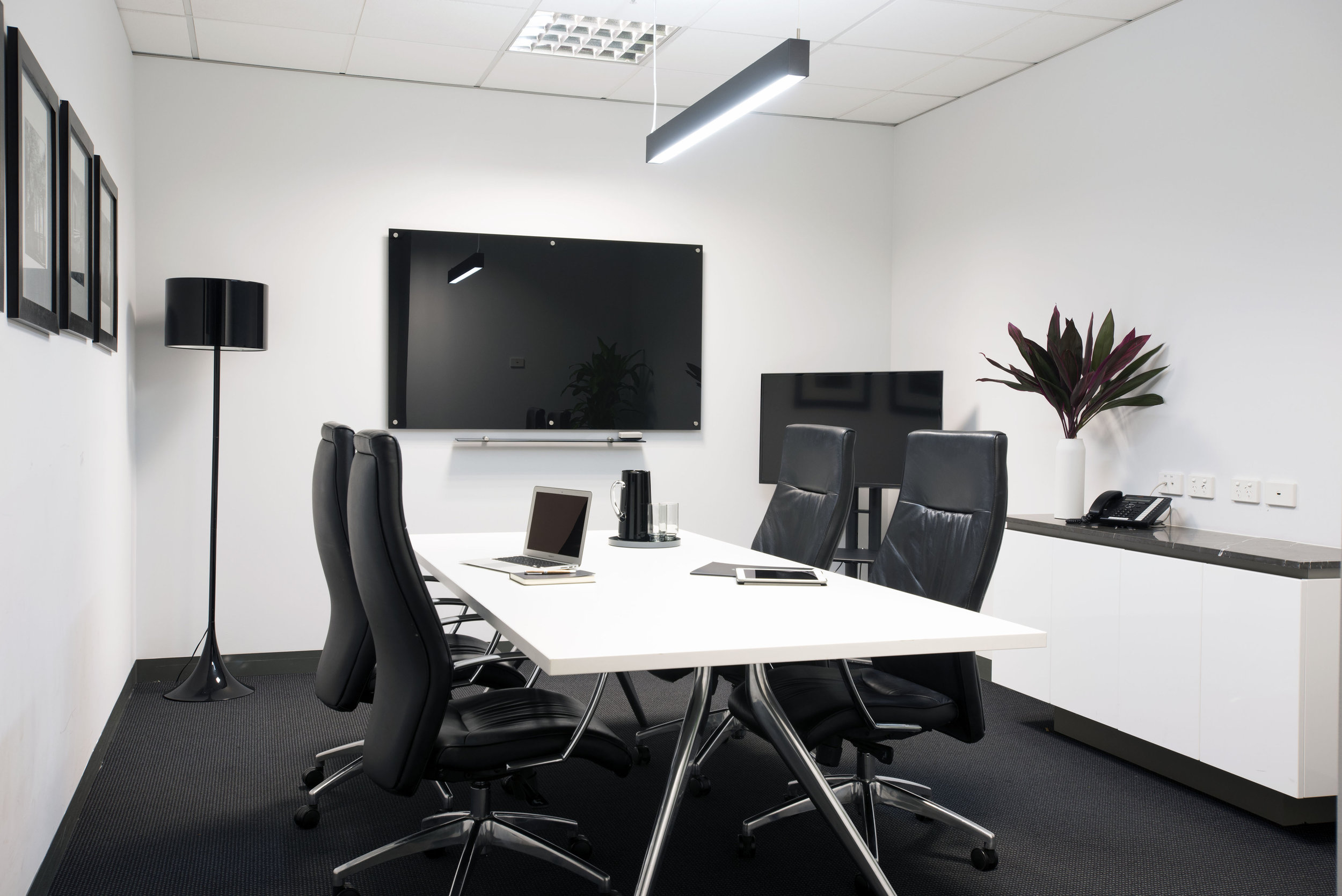 SECTOR SERVICED OFFICES 0081.jpg