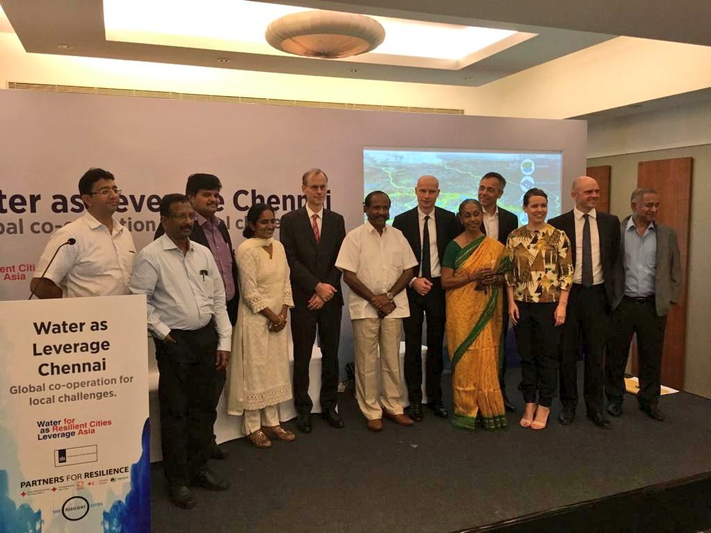 Delegates representing the Local Legislative Assembly, Greater Chennai Corporation, Chennai River Restoration Trust, Chennai Metro Water Supply and Sewerage Board with the Dutch Ambassador to India, Dutch Special Envoy, Chief Resilience Officer of Chennai and members of the two teams in Chennai ©Rvo/WaL