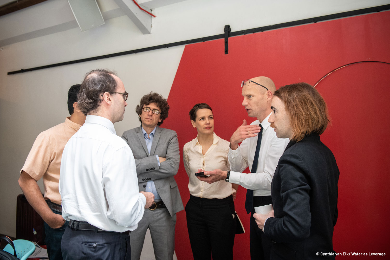 Henk Ovink and team members in conversation with Mr.Alastair Morrison of the GCF ©CynthiavanElk/WaterasLeverage