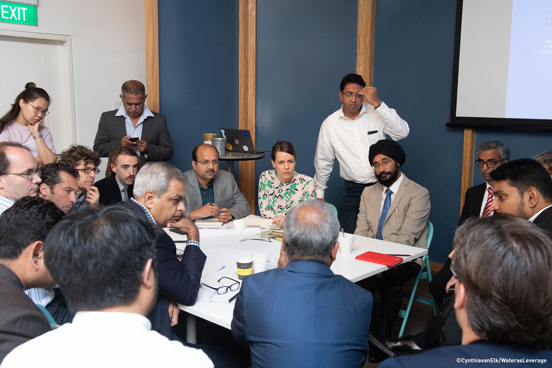 Discussions underway at the workshop ©CynthiavanElk/WaterasLeverage