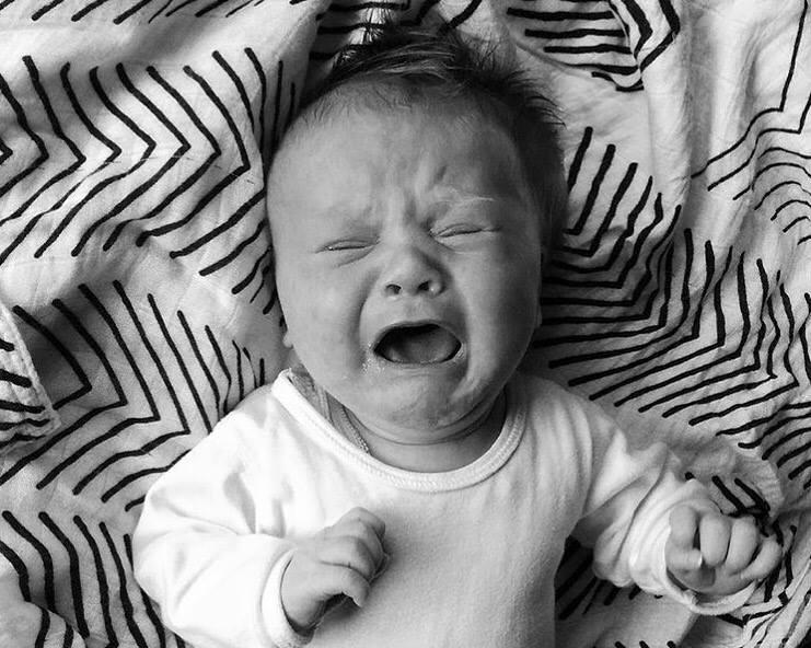 MAC+SCREEMING+BABY+.jpg