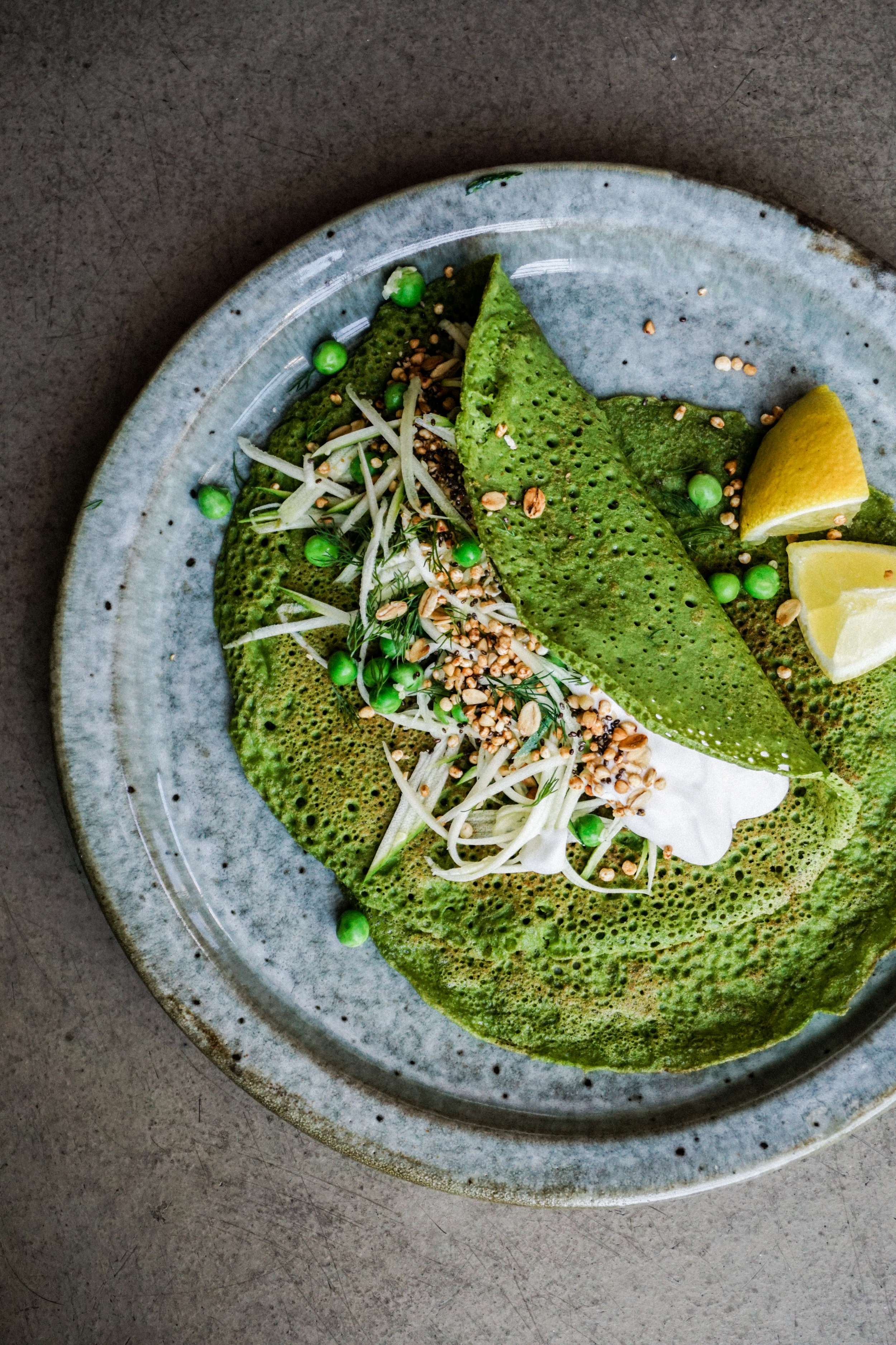 Green spinach crepes