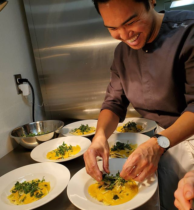 Smiles for Miles . . . #Tulipottawadowntown #chef #ottawafoodies #ottawafoodies #cheflife #ottawarestaurants  @david.vinoya