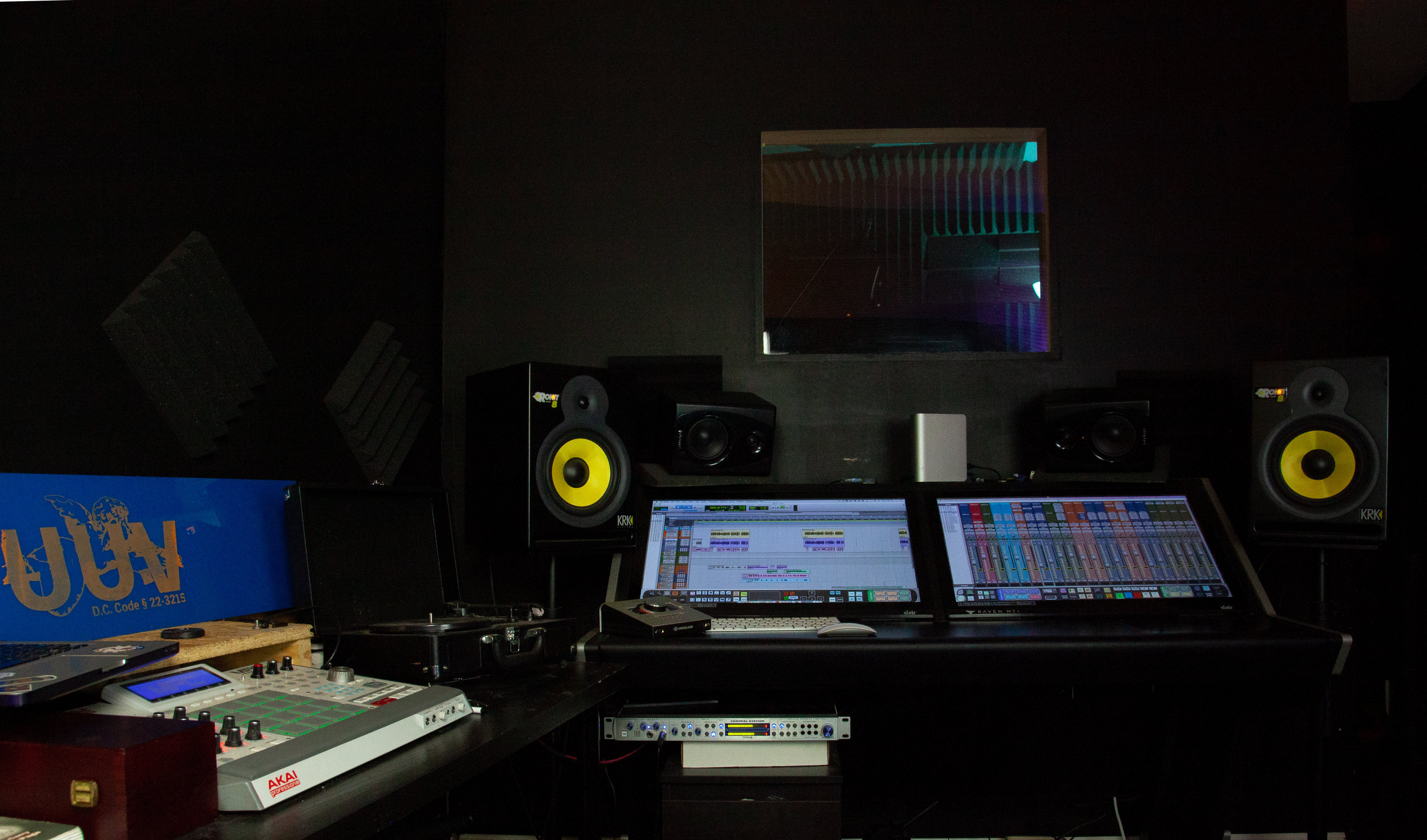 STUDIO A - The main recording/control room in the Trap Factory Studio. Working with UAD plugins as well as the Raven Slate help to keep sessions moving.