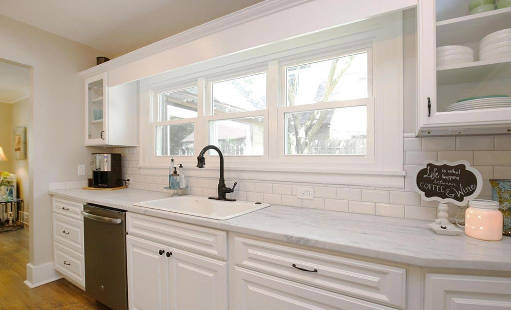 white kitchen marble counter farmhouse