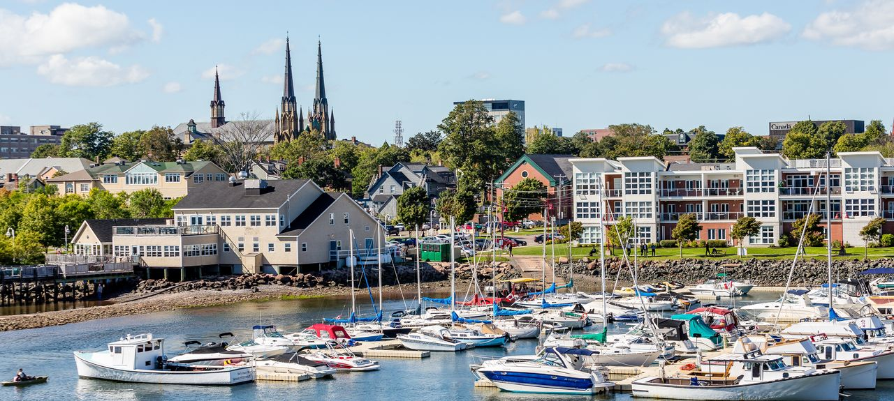 https://www.homeaway.ca/d/1601/charlottetown