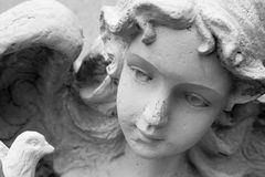 angel-sculpture-1535037.jpg