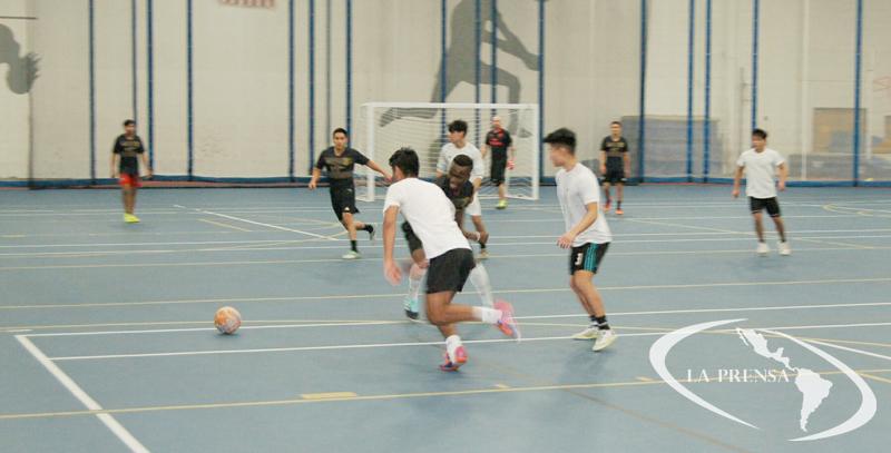 Los Tornados, los muchachos de la High School, solo tendrán un encuentro el domingo junto al SC Corinthians, el resto de equipos juegan jornada doble para cerrar el torneo 2018-2019.