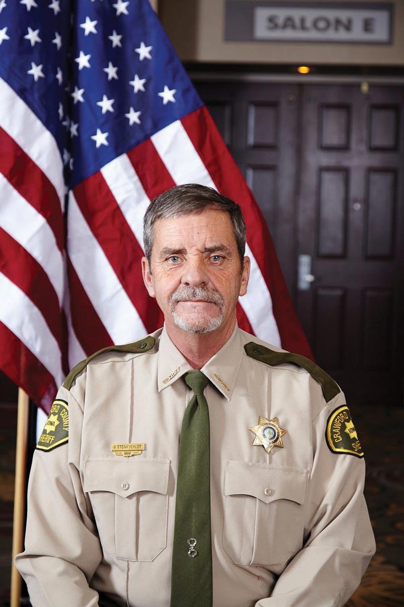 El señor Jim Steinkuehler anuncia que volverá a correr para la posición de sheriff del condado de Crawford en el 2020