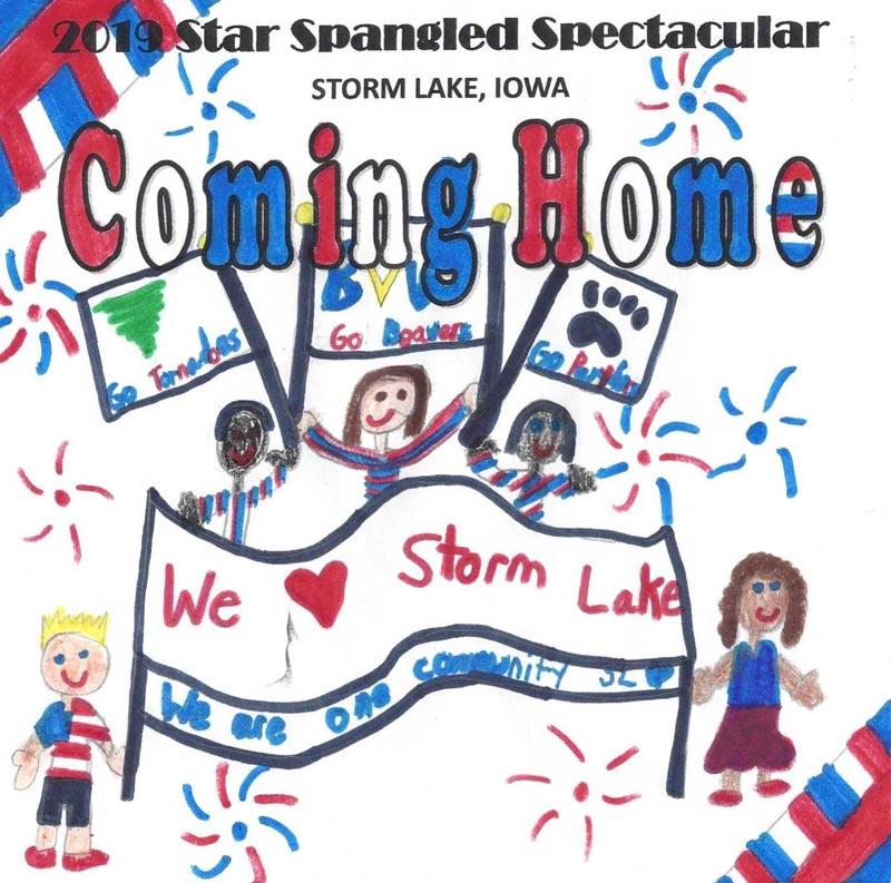 Ruby Phelps ganó el primer lugar con el poster inspirado y diseñado por ella misma donde refleja la diversidad cultural de la niñez de Storm Lake, de igual manera destaca el nombre de los equipos de las escuelas de primaria, secundaria y de la universidad de Buena Vista. El poster lleva los mensajes de: 'Regresando a casa' y 'En Storm Lake somos una comunidad'.