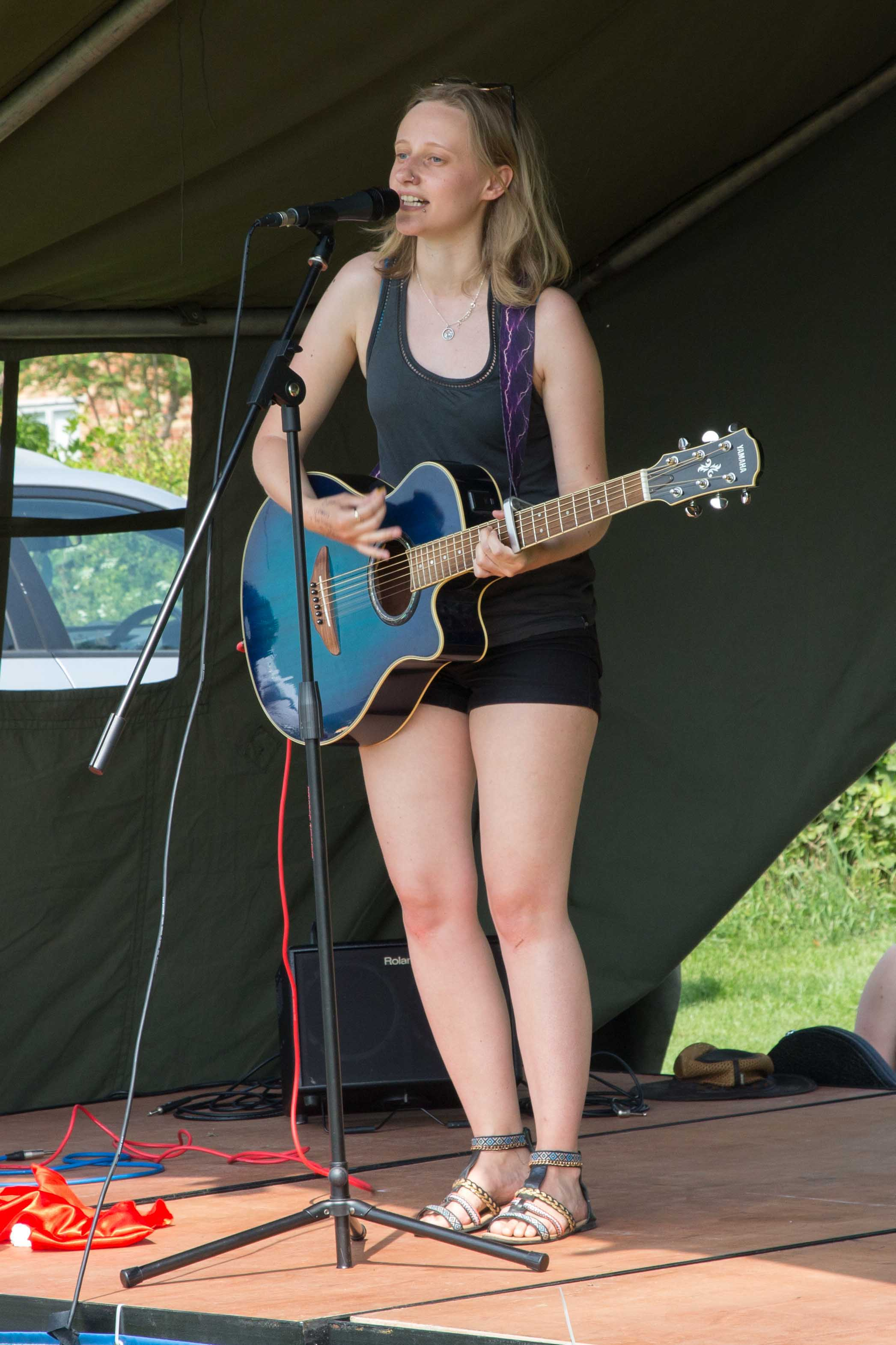 Singer on the outside stage.JPG
