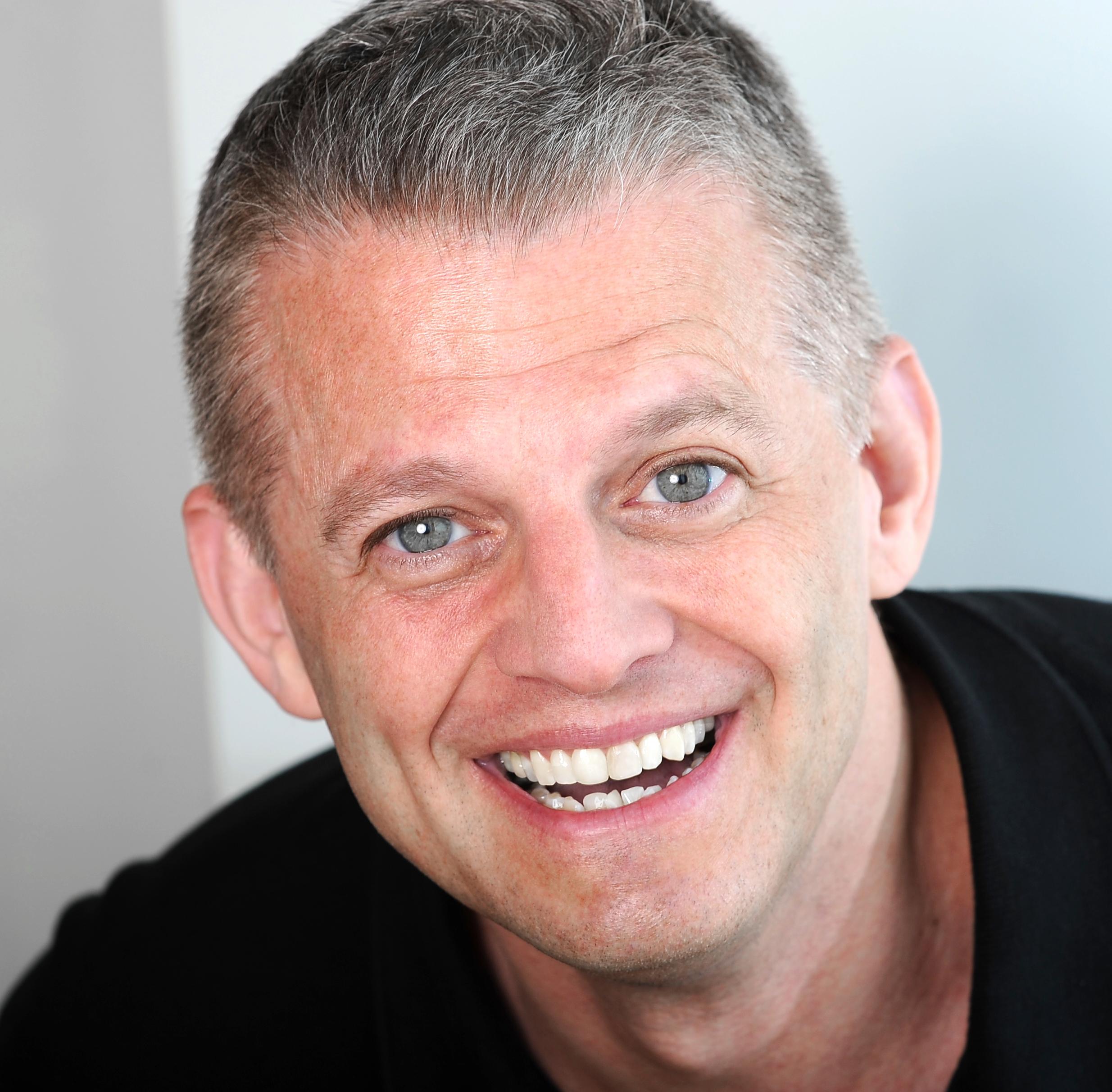 wilson-mcdermut-comedian-contact-pic.jpg