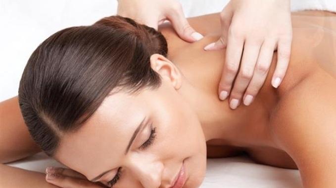 Massagem Expressa - Duração 50 minutosMassagem relaxante que é indicada para aqueles que procuram atendimento rápido e fácil, porém com os mesmos benefícios da massagem tradicional.R$85,00 uma sessãoR$150,00 duas sessões