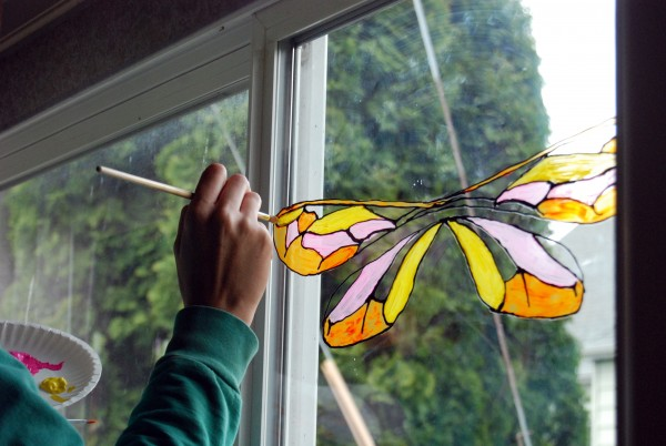 window-wings-craft3-bug-chicks.jpg
