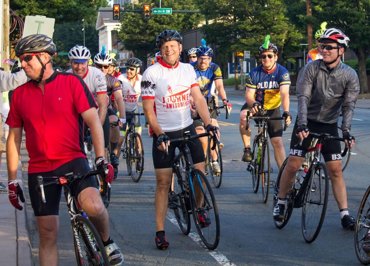 riders at light.jpg