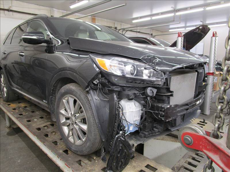 2016 KIA SORENTO BEFORE.jpg