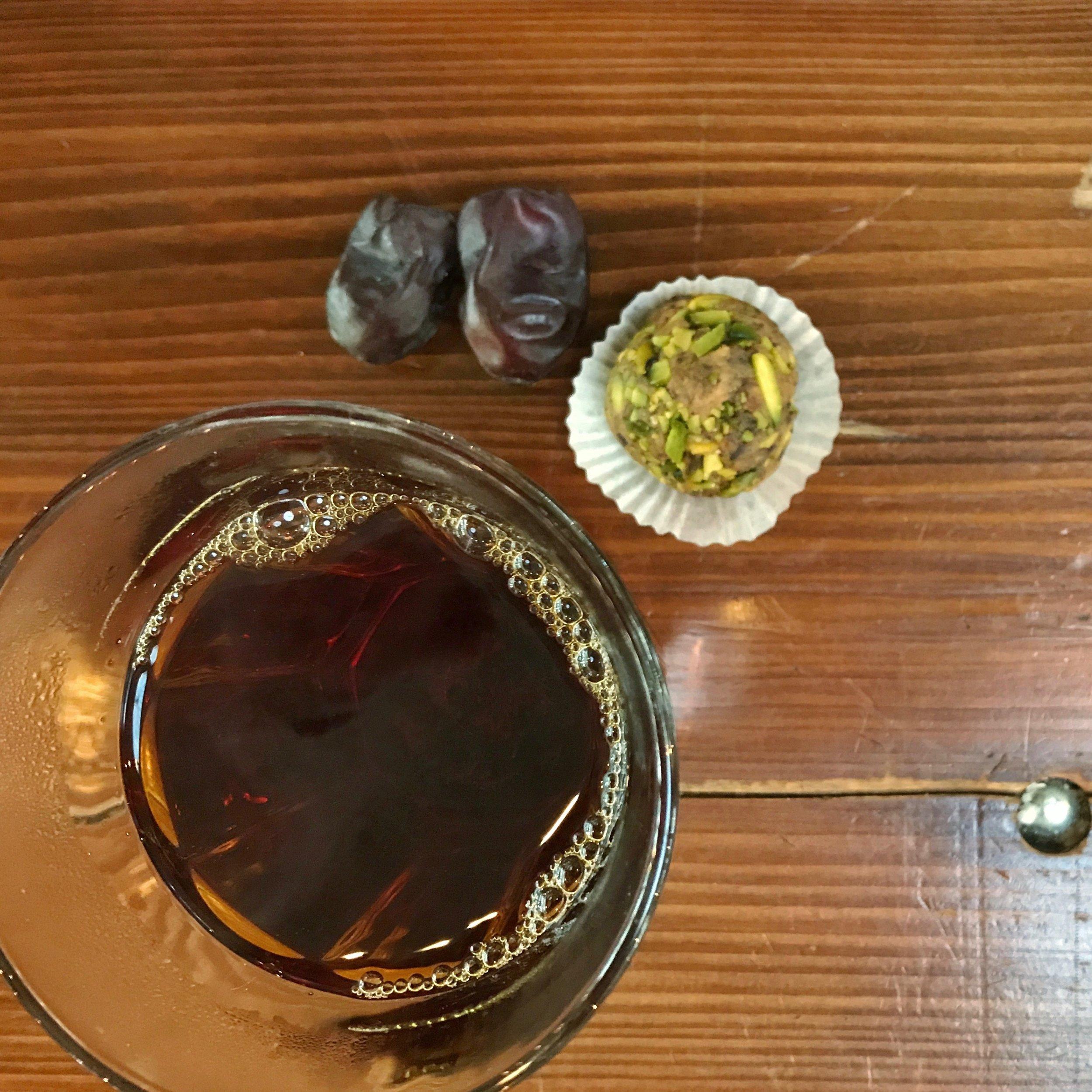 Safran-Tee, hatte ich bisher noch nie… - In der Markthalle in Basel habe ich diese tolle Entdeckung gemacht.