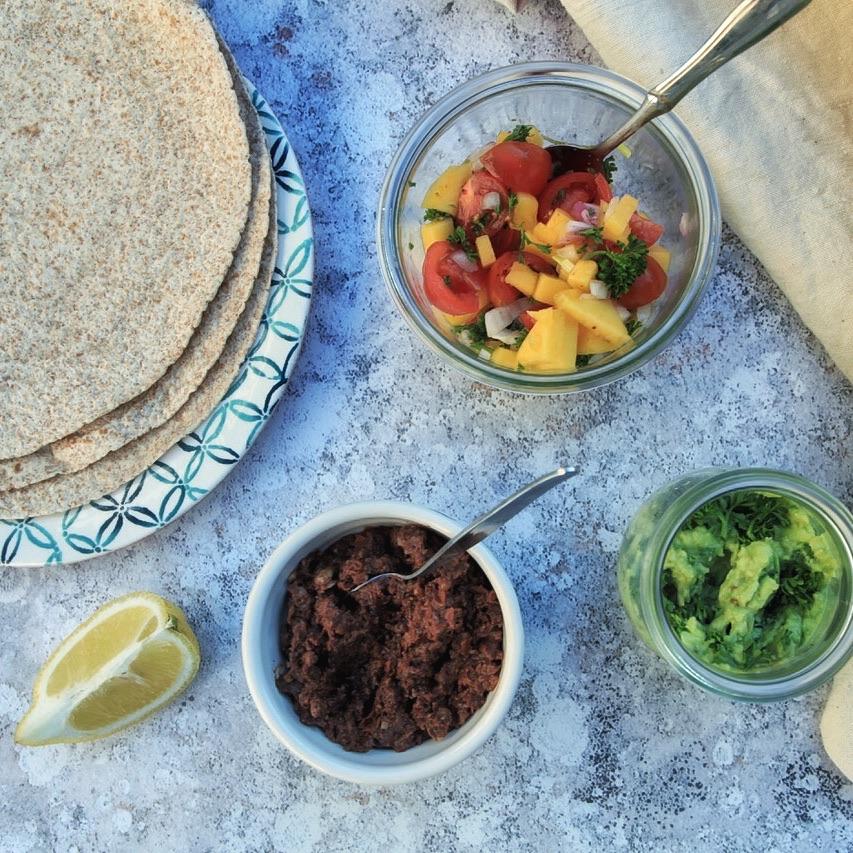 Mexikanisch und roh-vegan… - Die gesunden und leckeren Füllungen sind schnell gemacht.