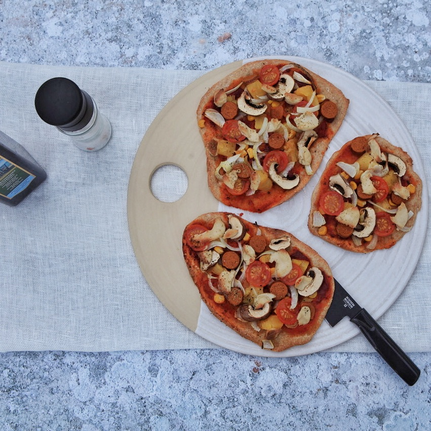 Veganer Pizzateig mit Sauerteig von Eat.Smile.Love.