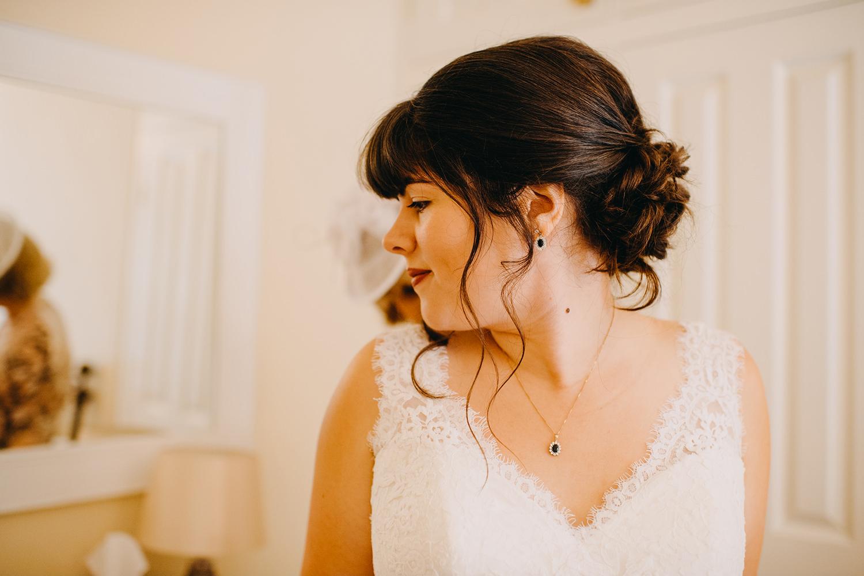 red-barn-wedding-photographer001.jpg