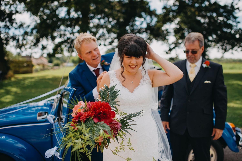 red-barn-wedding-photographer017.jpg