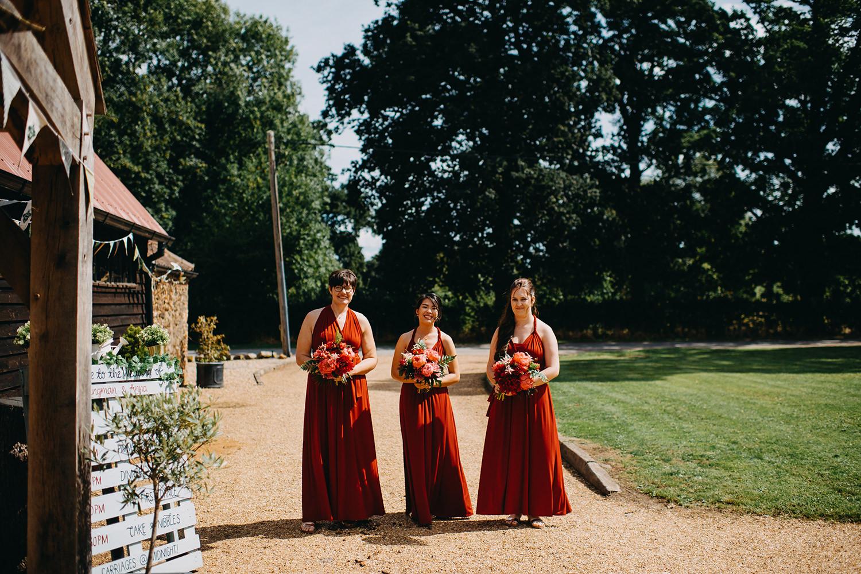 red-barn-wedding-photographer019.jpg