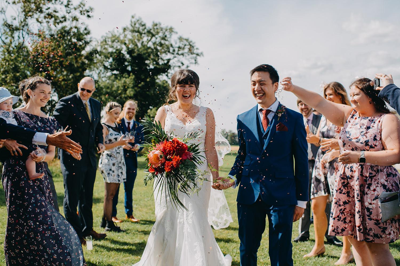 red-barn-wedding-photographer029.jpg
