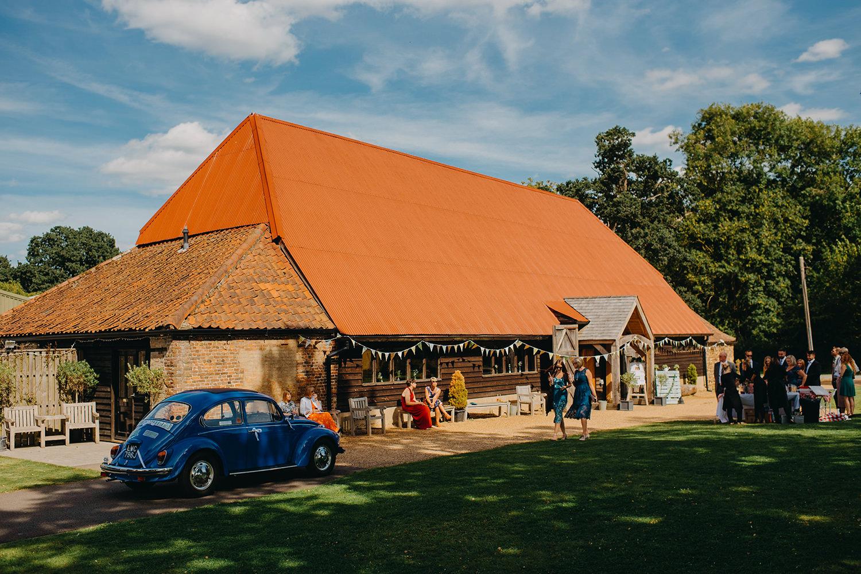red-barn-wedding-photographer034.jpg